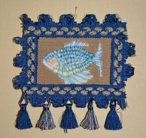 синяя рыба гурами