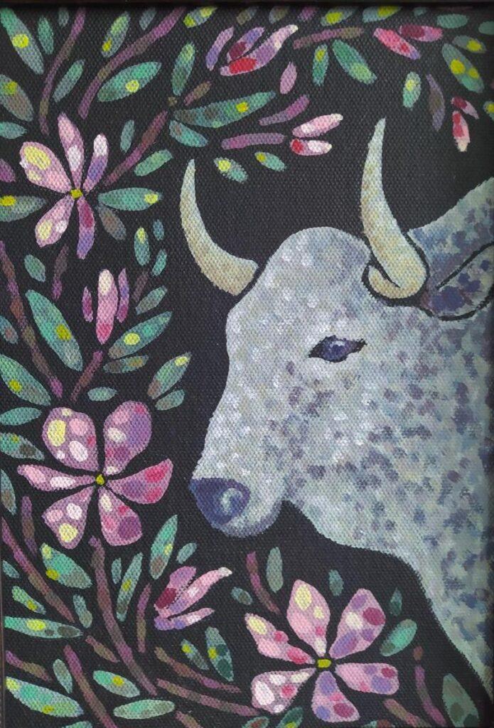 Жемчужный бык в саду. Картина, холст на подрамнике, темпера, диаметр 30 см, 2020 г. - Художник Мария Текун