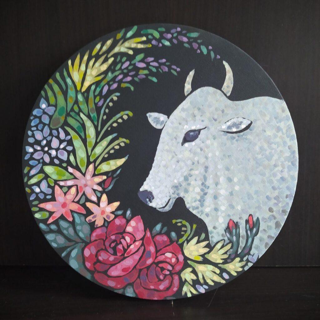Жемчужный бык в цветах. Картина, холст на подрамнике, темпера, диаметр 30 см, 2020 г. - Художник Мария Текун